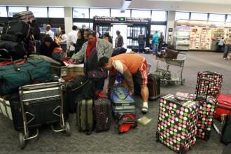 A confundat portile de la aeroport si a dat peste cap toata circulatia