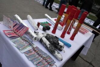 Politistii din Bucuresti au facut razie in depozitele ilegale de artificii