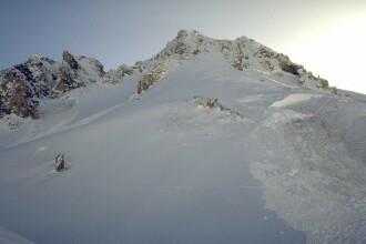 Atentie turisti! Risc maxim de avalansa in muntii Bucegi