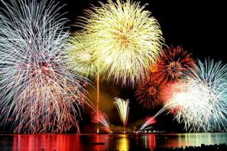 Extravaganta pe cerul Frantei! Cel mai lung foc de artificii din Europa!