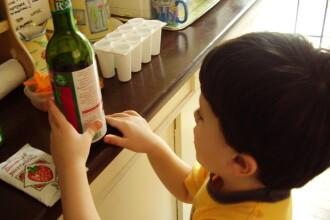 Cercetatorii incearca sa inteleaga cum gandeste un bolnav de autism