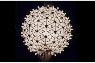 New York-ul, pregatit pentru Noul An! Globul de cristal a fost instalat