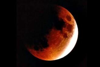Eclipsa totala de Luna! Vezi cum te afecteaza