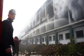 Incendiu in Targu Mures! Oamenii strazii au facut foc sa se incalzeasca