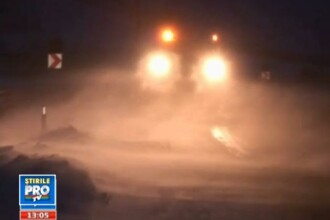 Prima NINSOARE din sezon. Autoritatile au intervenit cu 32 de tone de sare in Pasul Tihuta