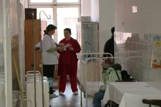 Ancheta in cazul elevilor din judetul Arad, care au ajuns la spital cu intoxicatie alimentara