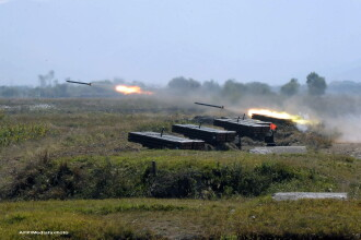 Presa japoneza: Coreea de Nord a incercat sa trimita piese pentru rachete balistice Siriei
