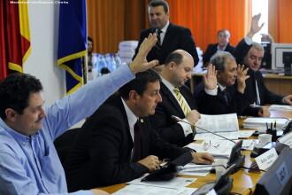 Votul prin ridicarea de maini ar putea fi eliminat si inlocuit cu votul electronic, la Camera