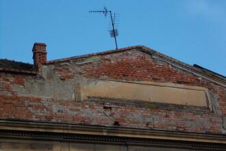 Vremea rea le mai da un ragaz timisorenilor pentru a-si indeparta antenele de pe cladiri