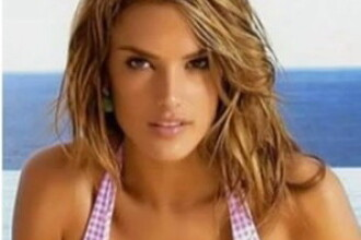 Cum arata in realitate Alessandra Ambrosio, modelul Victoria's Secret cand este departe de podiumul de prezentare
