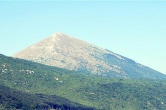 Un munte din Carpati, considerat refugiul ideal in ziua Apocalipsei mayase, 21.12.2012