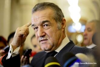 Cum au jurat deputatii sa respecte mandatul: Madalin Voicu in tiganeste, Becali a spus o rugaciune