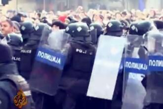 Lupte de strada in Macedonia intre parlamentari, din cauza bugetului pe 2013. 8 persoane sunt ranite