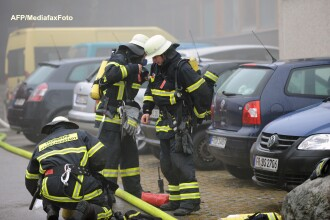Patru pompieri au fost impuscati la un incendiu in SUA. Doi dintre ei au murit. VIDEO