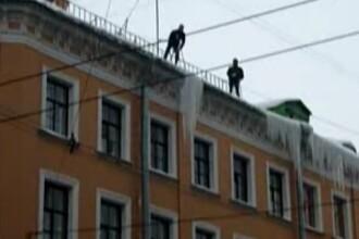 Ce se intampla cand rusii incearca sa scape de turturi. VIDEO
