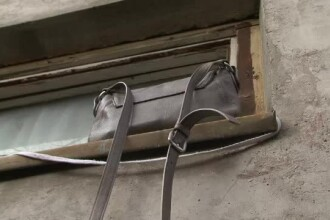 Eleva din Bacau care a incercat sa iasa din internat, pe fereastra, cu cearsafuri, a murit la spital