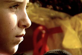 Romania, te iubesc. Mii de copii intorsi in tara din cauza crizei sufera tulburari de adaptare