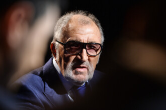 Tiriac vede potential in agricultura si energie: