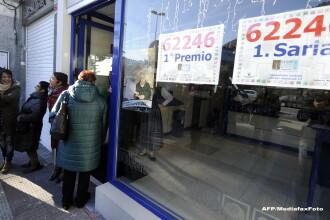 4 ore nu s-a mai muncit! Milioane de spanioli au cumparat bilete la faimoasa loterie de Craciun