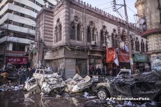 Explozie devastatoare la o cladire a politiei din Egipt. Cel putin 14 oameni au murit, 134 raniti