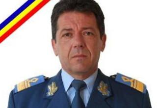 Ultimul onor pentru capitanul comandor Gabriel Titiana. Ceremonia impresionanta care a avut loc la Baza Militara Aeriana 90
