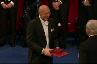 Stefan Hell, cercetatorul de origine romana, a primit miercuri premiul Nobel, in cadrul ceremoniei organizate la Stockholm