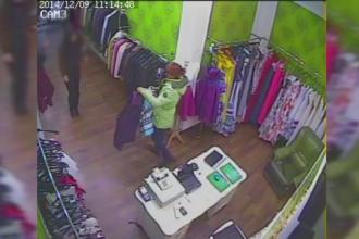 FURT FILMAT intr-un magazin de haine din Iasi. Metoda aplicata de o femeie care a plecat acasa cu un palton