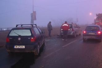Accident in lant la Timisoara din cauza cetii. Sapte masini au fost avariate in urma impactului