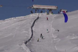 Vreme excelenta pentru schi la munte. Turistii s-au bucurat de soare pe partiile din Sinaia si Straja