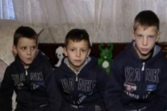 Destinul amar a cinci frati din Cluj. Isi poarta singuri de grija dupa ce mama i-a parasit ca sa-si refaca viata