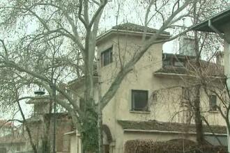 Guvernul scoate la vanzare vila cu 8 camere in care locuieste Mircea Geoana. Senatorul plateste 3.200 de euro pe luna chirie