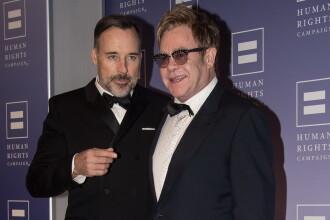 Elton John si David Furnish s-au casatorit civil la resedinta lor din Windsor: