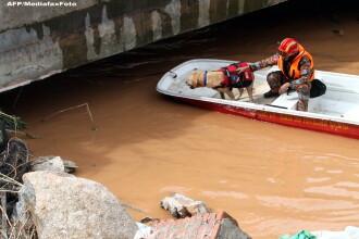 Cei patru romani blocati in Malaysia, evacuati din zona afectata de inundatii. Unde sunt acum