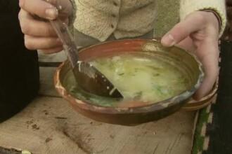 RETETE DE CRACIUN cu Chef FOA. Supa de curcan la tuci cu taitei de casa. Ce se spune