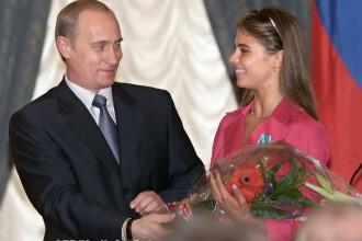 Fotografia care i-a enervat pe rusi. Ce legatura este intre cativa soldati si presupusa iubita a lui Putin, Alina Kabaeva