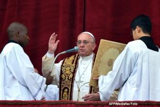 Mesajul Papei Francisc de Craciun. Suveranul Pontif a condamnat violentele impotriva copiilor si persecutia minoritatilor