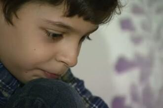De la 3 saptamani, spitalul a devenit pentru el a doua casa. Cum il puteti ajuta sa isi indeplineasca visul de a ajunge medic