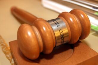 CCR: O sintagmă din Legea privind securitatea naţională este neconstituţională