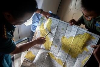 Cazul avionului AirAsia QZ8501. Cautarile au fost din nou sistate.