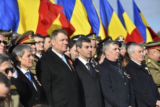 ZIUA NATIONALA A ROMANIEI. Cele mai spectaculoase imagini de la parada de 1 Decembrie. Toti cei 4 presedinti, in public