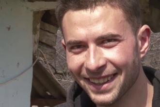 Un elev din Romania si-a filmat directoarea in ipostaze intime. Ce i-a spus apoi