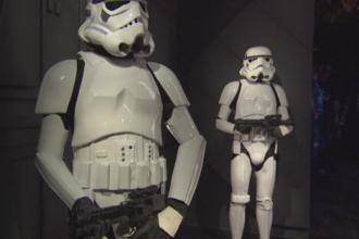 Expozitie speciala la Muzeul Madame Tussaud din Londra, cu doua saptamani inaintea premierei Star Wars