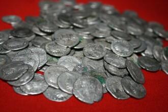 Comoara ascunsa in aratura. Cum a descoperit un roman 200 de monede de valoare