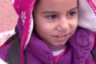 Mii de copii nevoiasi din Romania au primit cadouri de la copiii din Germania. 35 de tiruri pline cu jucarii au ajuns in tara