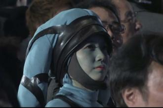 Isteria Star Wars a ajuns in Japonia. Sute de fani au infruntat frigul ca sa faca poze cu actorii din distributie