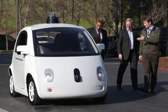 Noua legislatie din California pune bete in roate masinii fara sofer de la Google. Care sunt schimbarile