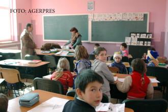 Cele 3 planuri ale Ministerului Educatiei pentru gimnaziu. Lipseste Educatia sexuala, ramane, in schimb, Religia