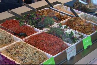 Kebabul, inclus pe lista mancarurilor populare in noul an. Ce alimente adorate de romani i-au cucerit pe americani