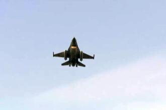 Parada de 1 Decembrie: VIDEO COMPLET CU DEFILAREA. Manevra spectaculoasa a noilor avioane F-16