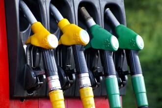 De ce se vor scumpi carburanții în 2019 și cât din preț sunt taxe percepute de stat